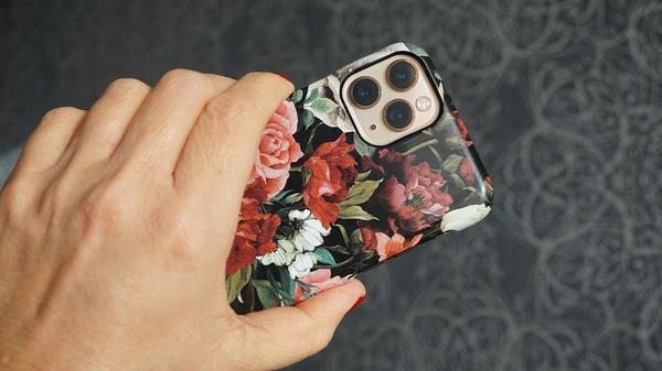 etui iphone xs